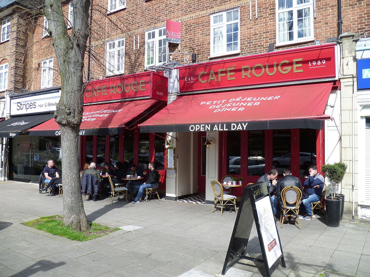 cafe rouge front
